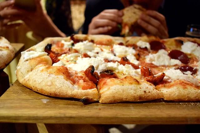 Pizza at Firezza, Soho | www.rachelphipps.com @rachelphipps