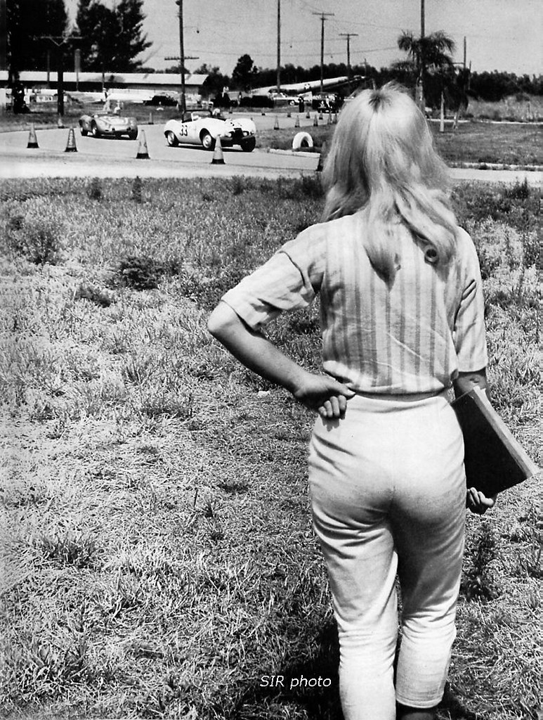 1960 Sebring 12 Hour Scca Corner Worker The Use Of Women