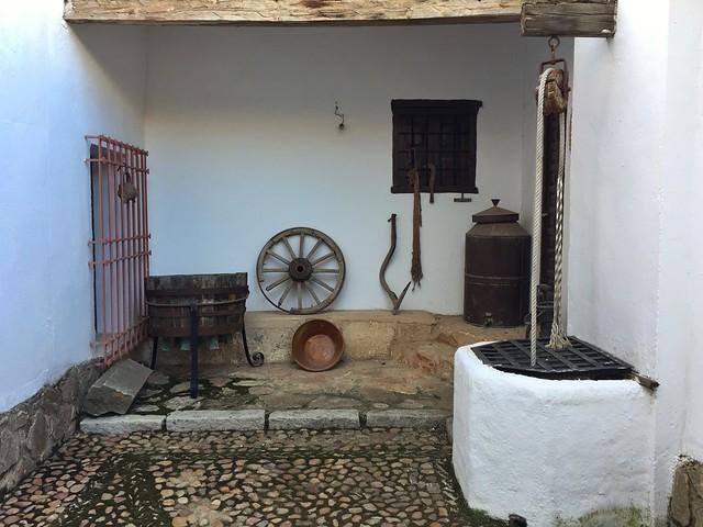 Patio manchego en El Toboso (Ciudad Real, ruta de Don Quijote en coche)