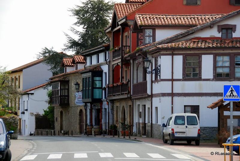Casas típicas de Escalante, Cantabria.
