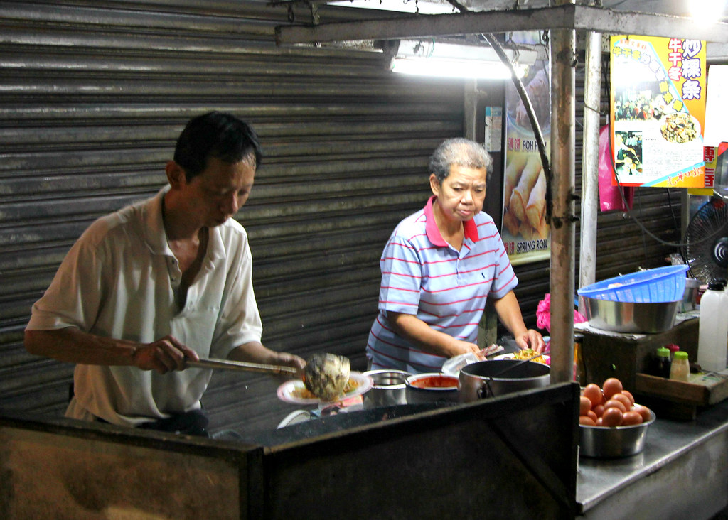chulia-street-night-market-char-kway-teow-stall
