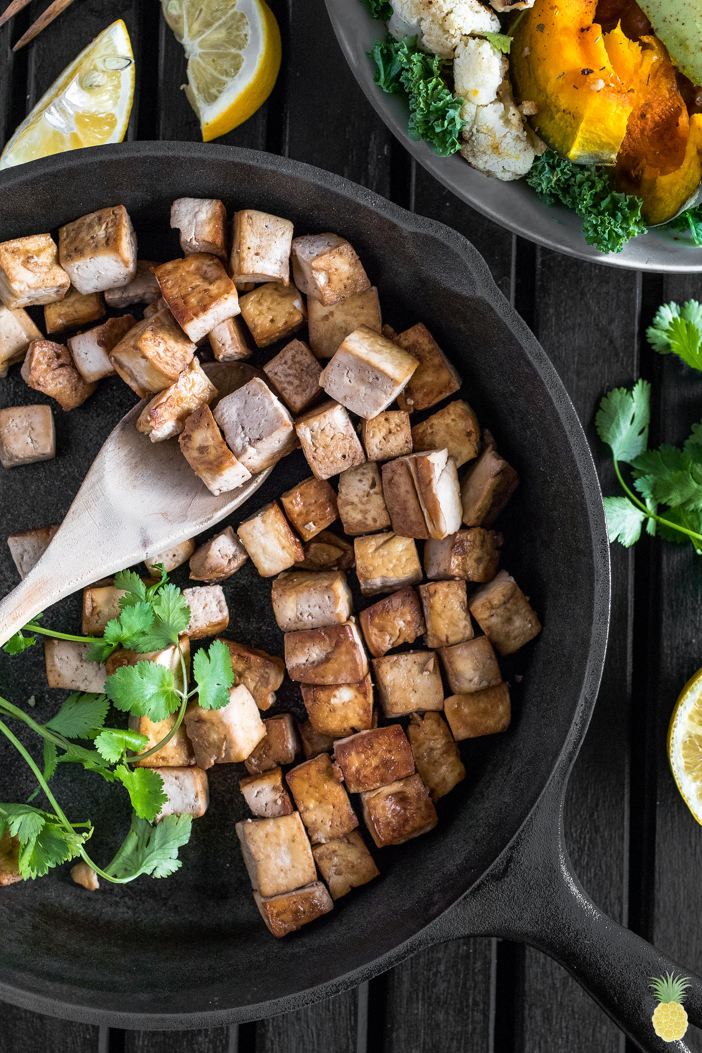 Smoky Tofu & Kabocha Squash Buddha Bowls {easy + oil-free} sweetsimplevegan.com