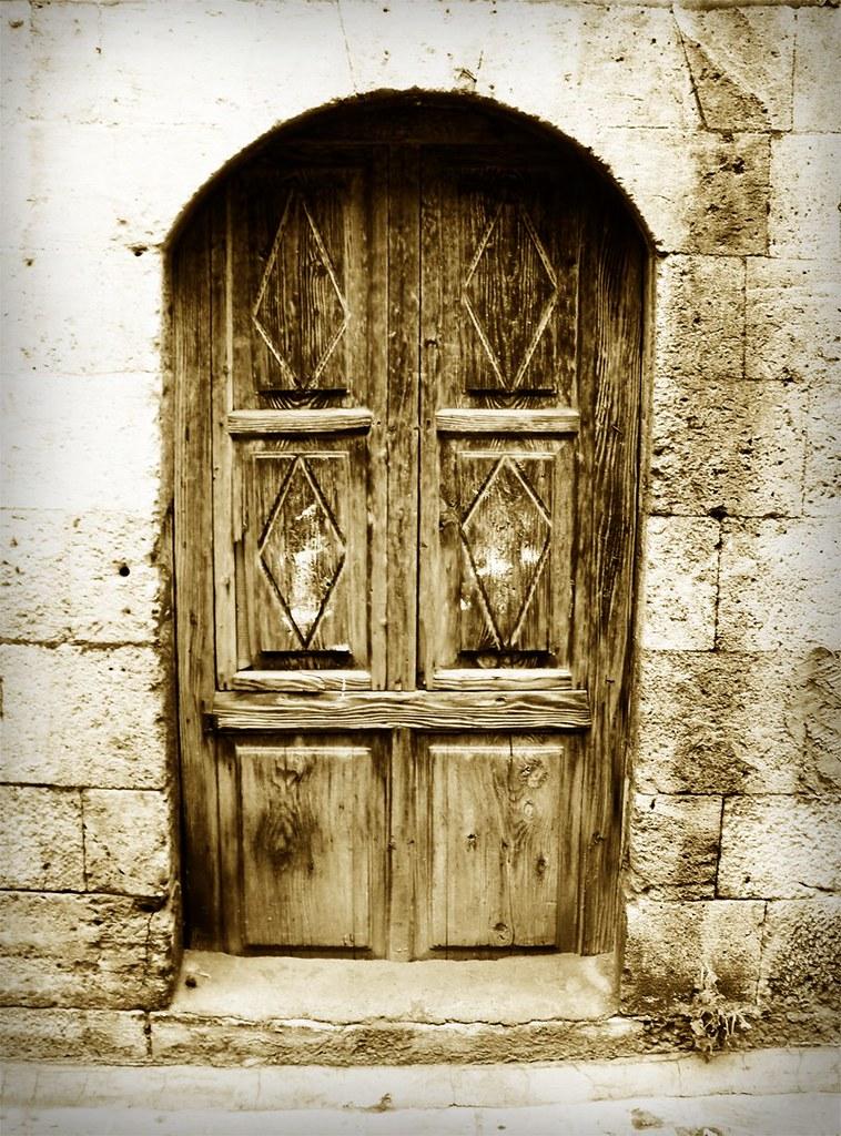 & Old House Door in Aleppo Syria | ???? ????? ??? - ????? | Flickr pezcame.com