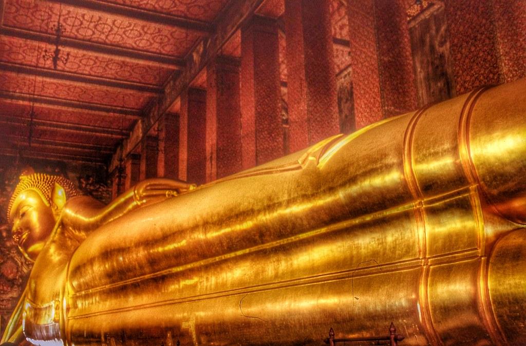 Reclining Buddha  Bangkok | by Nick Kenrick. & Reclining Buddha  Bangkok | Youu0027ll find (slightly) fewer tou2026 | Flickr islam-shia.org