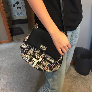 I'd say the Force is strong with this Star Wars themed #belindabag!  Stitched up by @ldenney70 - stellar! #pdfpattern #sewing #bagineer #starwarsfabric #cozynestdesign | by Cozy Nest Design