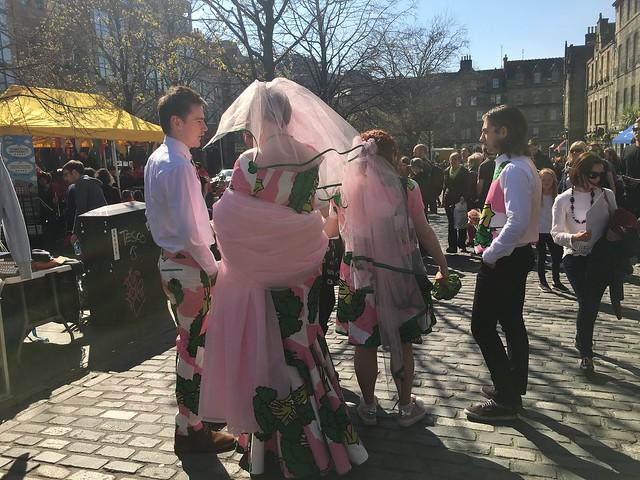 edinburgh 280 veggie bride and groom