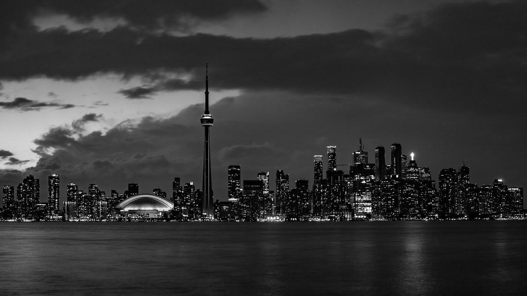 La skyline de Toronto 33804920950_12bbb626df_b