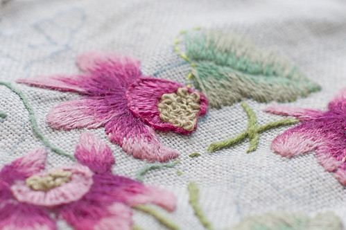 clematite embroidery | by Sophie Liard