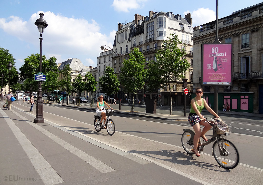 velib cycle paths in paris in paris you can find some of t flickr. Black Bedroom Furniture Sets. Home Design Ideas