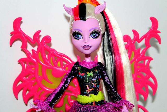 Monster high bonita femur freaky fusion doll - Monster high bonita ...