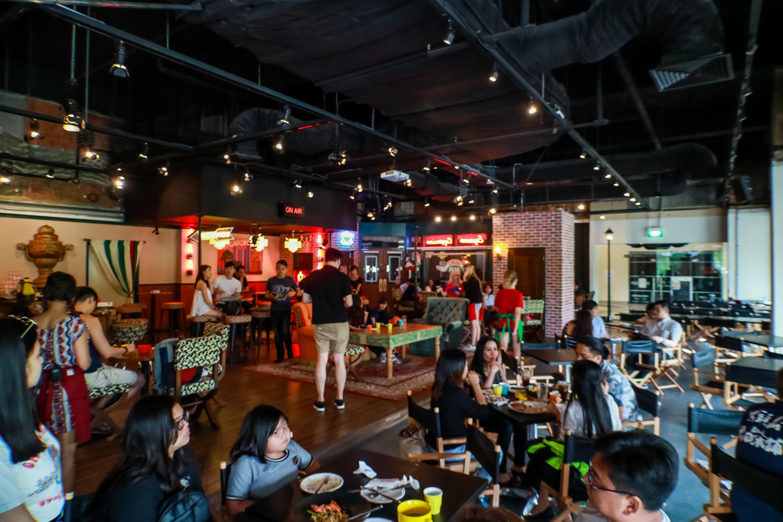 central-perk-singapore-friends-cafe-darrenbloggie-6