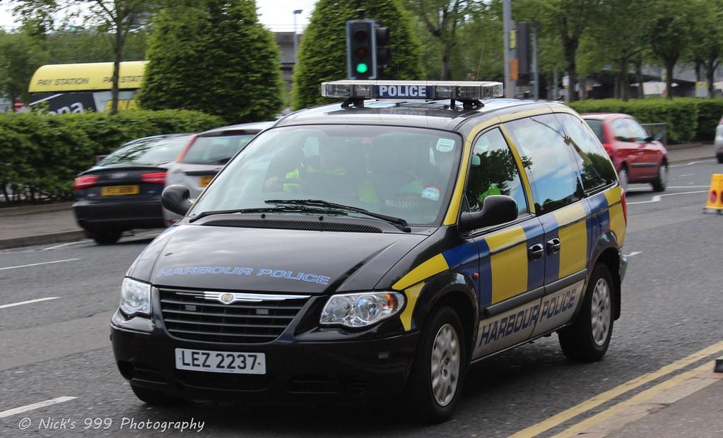 belfast harbour police    lez 2237    chrysler voyager    inc