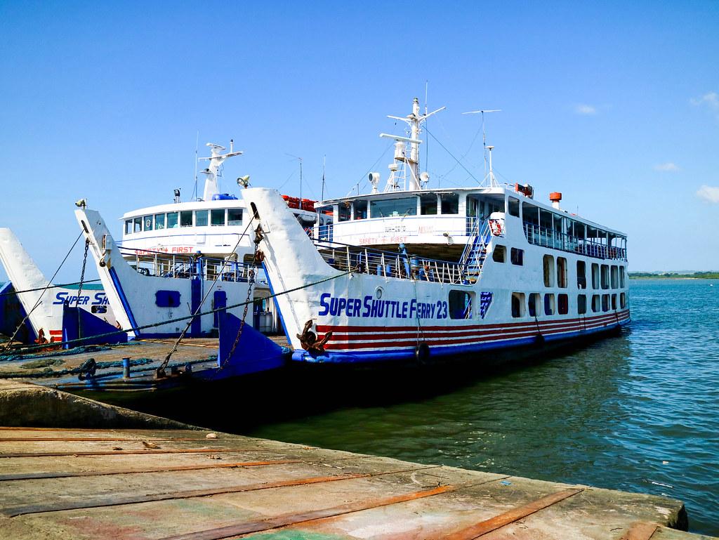 Transporte en barco por Filipinas