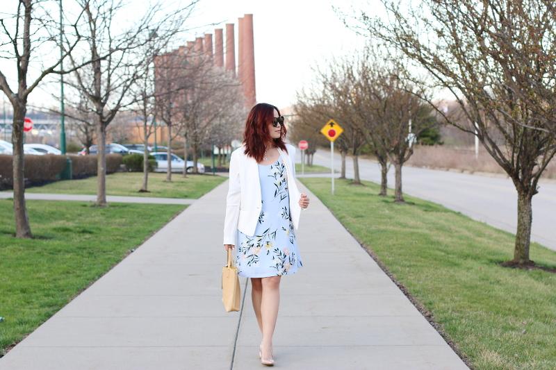 pastel-floral-dress-white-blazer-nude-pumps-3
