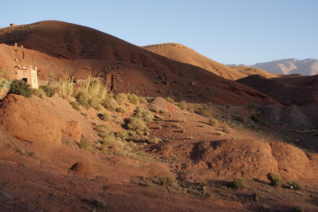 Gorges de Dades au maroc au lever du soleil.