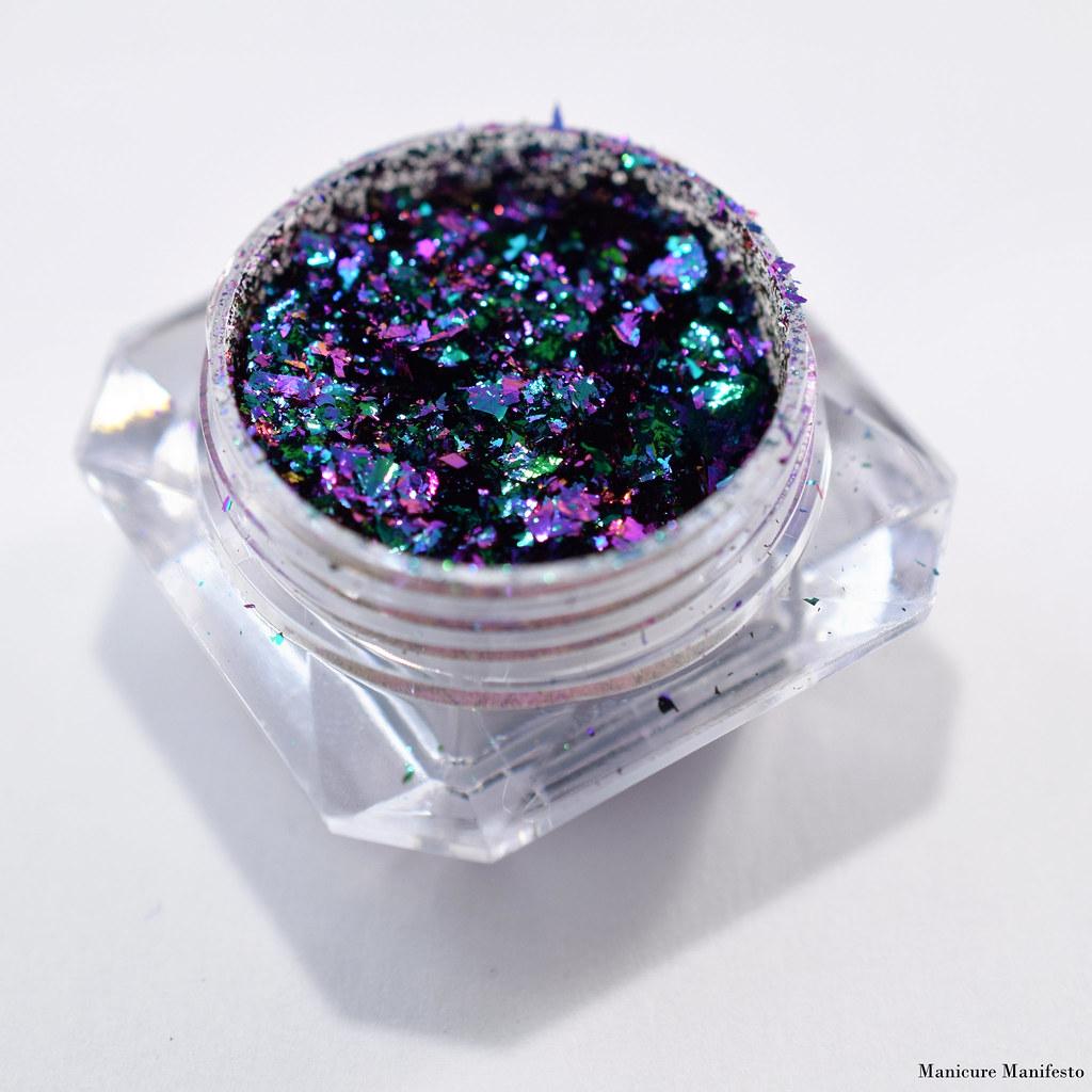 Multichrome flakie nails