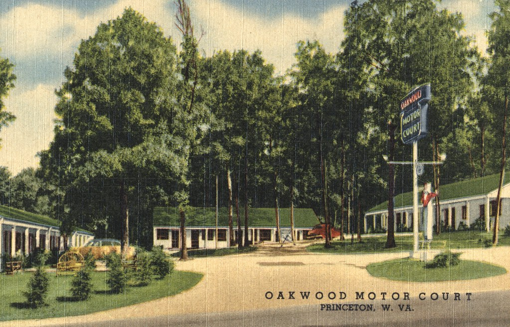 Oakwood Motor Court - Princeton, West Virginia