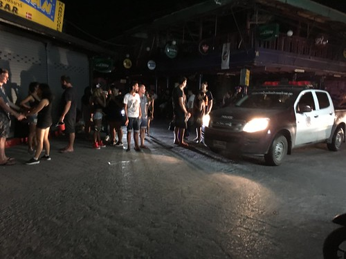 Koh Samui Chaweng Beach road  after 2am