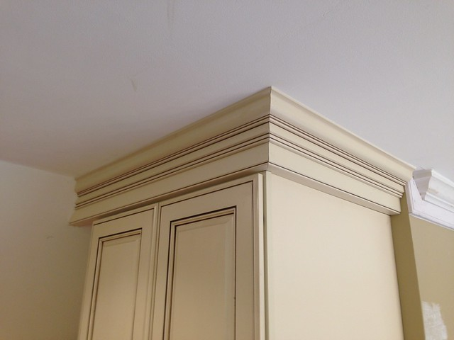Kitchen Cabinet Crown Molding In Richmond Va 1