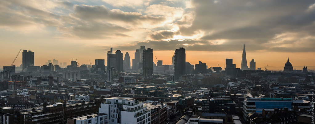 Panorama of the City of London from Michael Cliffe House