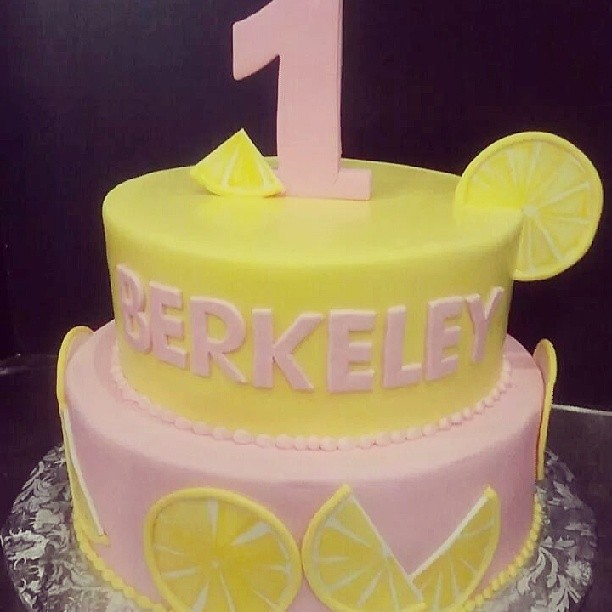 Berkeleys Sweet Pink Lemonade Birthday Cake Jan Lewandowski Flickr