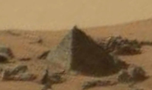 Mars-Pyramid-307898