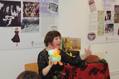O curral de Cocoricó, contacontos para bebés na Biblioteca de Chapela