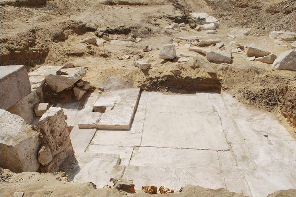 Egypt-Dahshur-pyramid