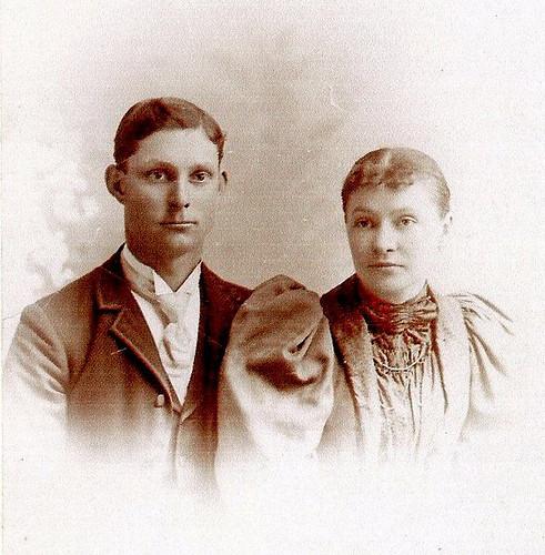 Amos and Sina Casbon