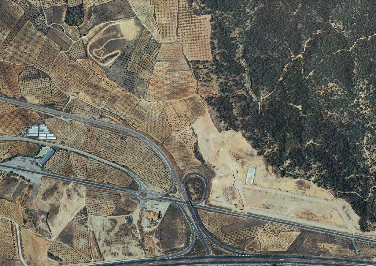 minglanilla, cuenca, aparcamientos albedo, antes, urbanismo, planeamiento, urbano, desastre, urbanístico, construcción