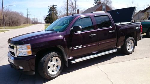 New Chevy Silverado >> Purple Chevy Silverado With Hard, Black Truck Bed Cover | Flickr