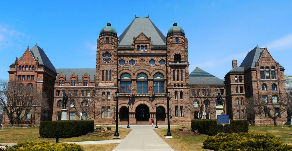 Ontario 39 s capitol building province of ontario legisl for Building a house in ontario
