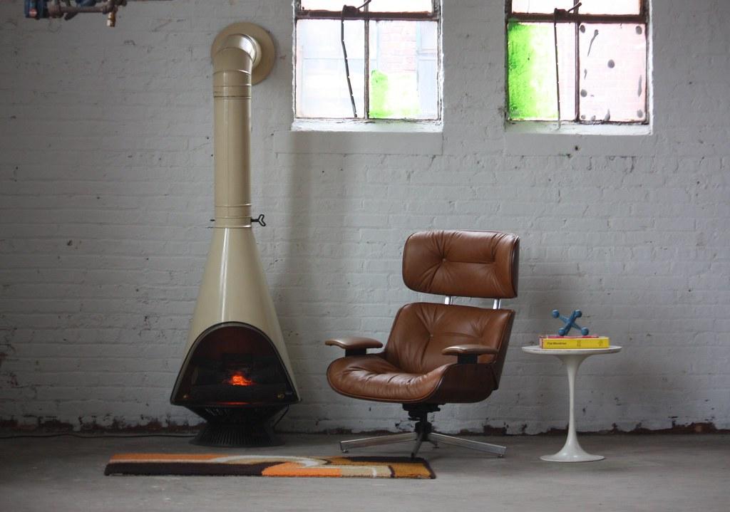 En Fuego Midcentury Modern Majestic Electric Cone Firepla Flickr
