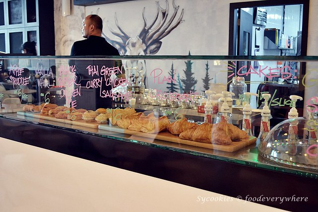 3.The Embassy Café Bakery @ Damansara Uptown (The Starling Mall)