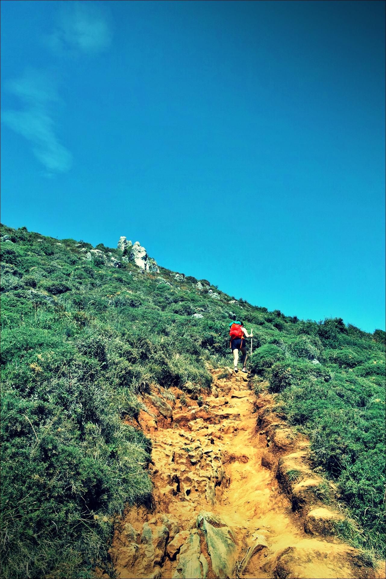 언덕-'카미노 데 산티아고 북쪽길. 산토냐에서 노하. (Camino del Norte - Santoña to Noja)'