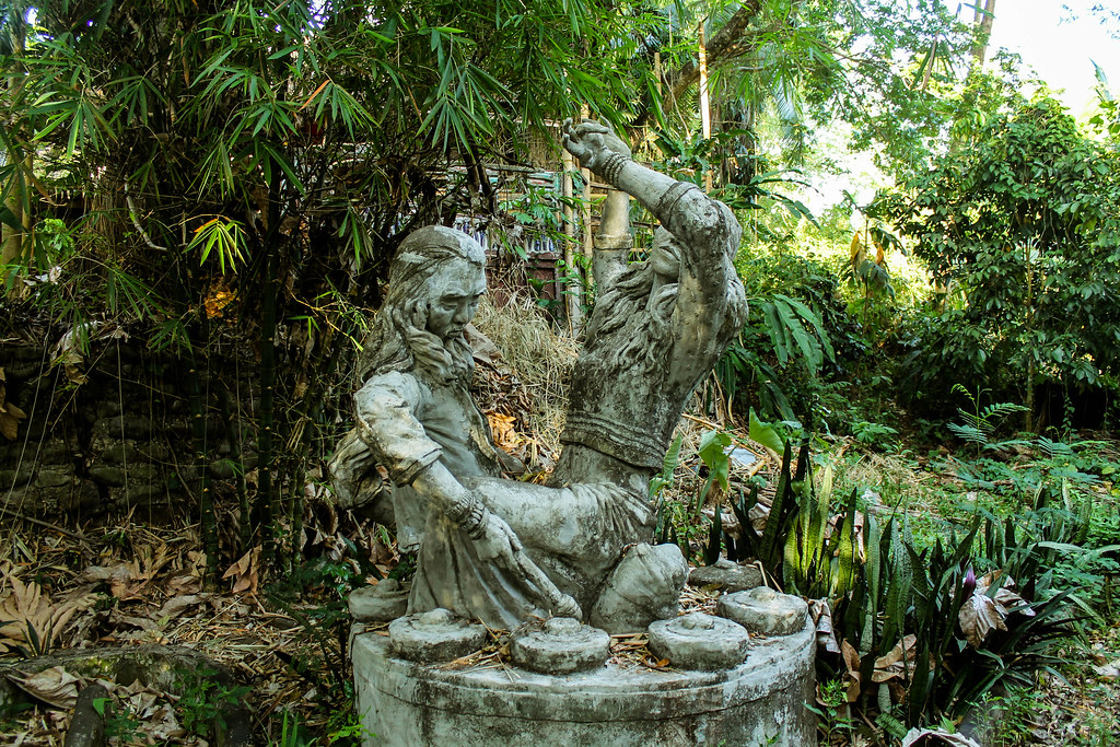 Enigmata Treehouse - Camiguin Island 2015 (24)