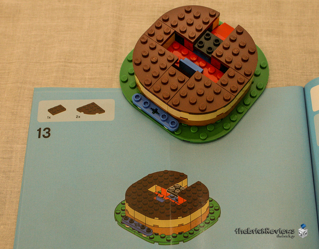 ThebrickReview: LEGO 40153 - Birthday Table Decoration 33666541386_0bc8e38408_o