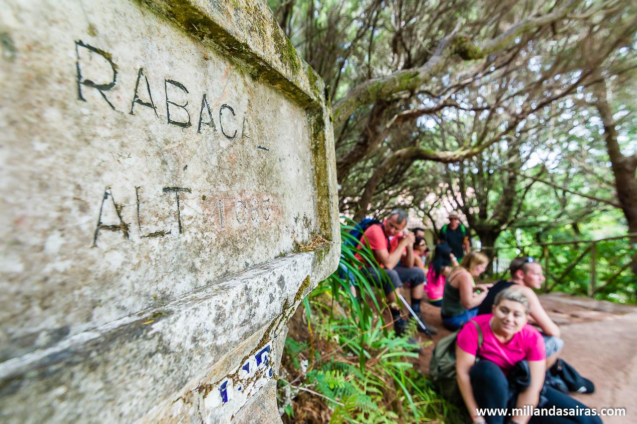 Inicio y fin de las rutas, en el pueblo de Rabaçal
