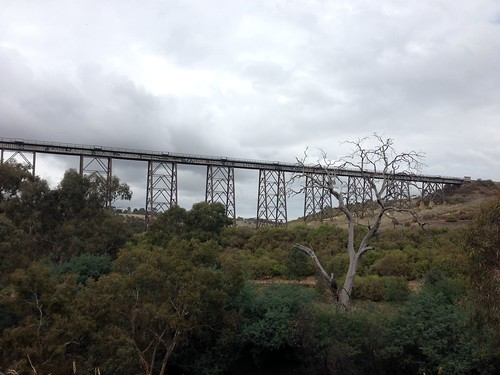 Rail bridge over Maribyrnong River, Keilor East