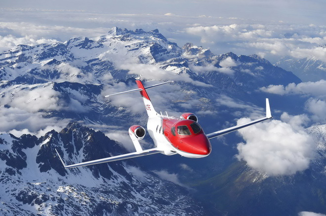 HondaJet Over Alps (1)