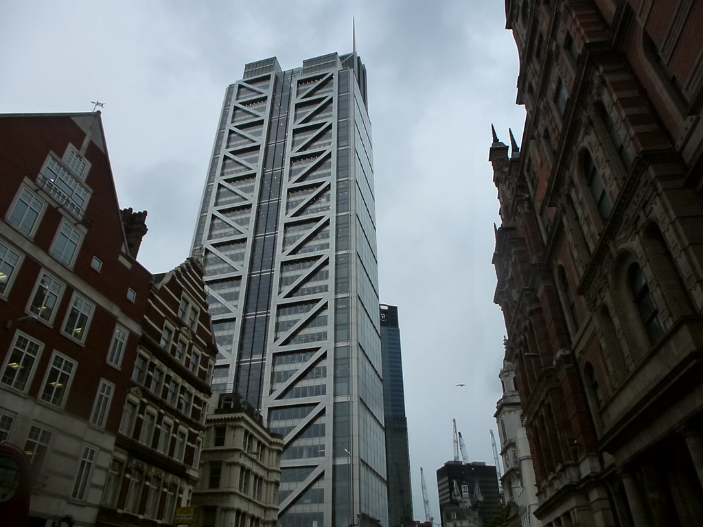 Salesforce Tower Bishopgate Better Known As The Heron Tow Flickr