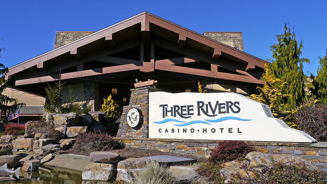 Three rivers casino in florence oregon the online casino games