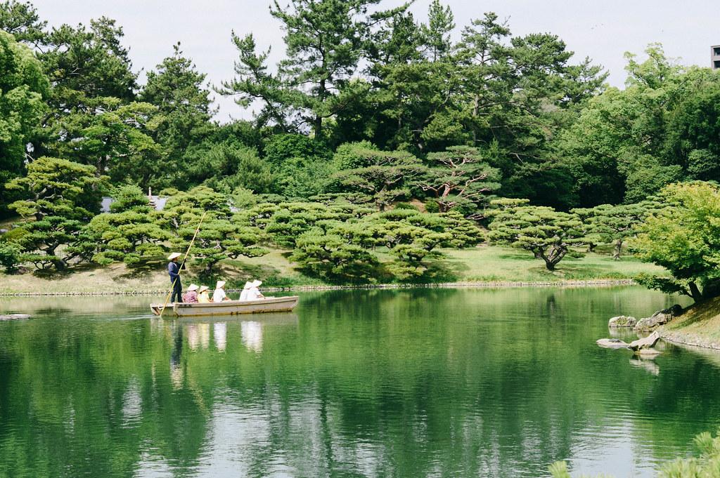 14_06_28_046.jpg   Ritusrin Gardens, Takamatsu.   Rachel Lake   Flickr