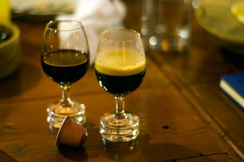 Vintage, vinho do Porto e um café