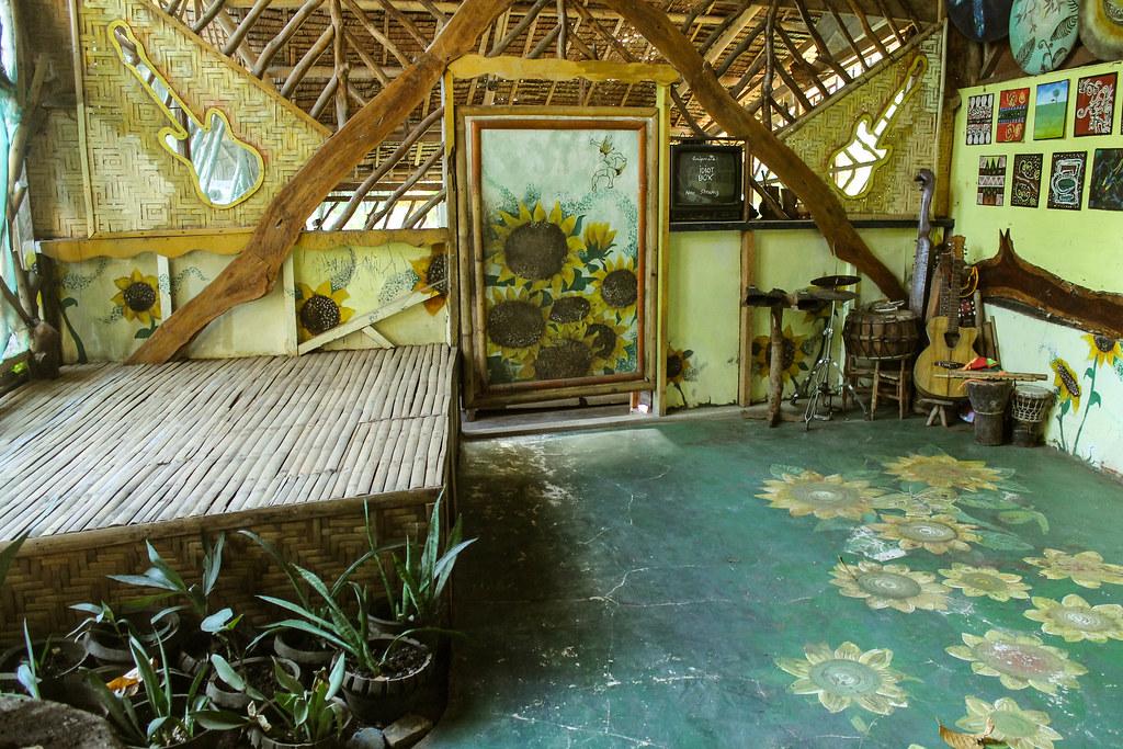 Enigmata Treehouse - Camiguin Island 2015 (31)