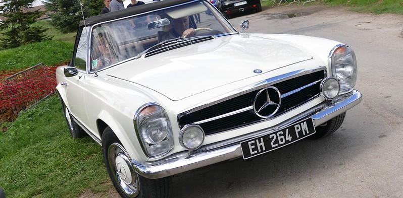 Mercedes 230 SL - Cerny (91) Avril 2017  33642810572_32d37fac6f_c