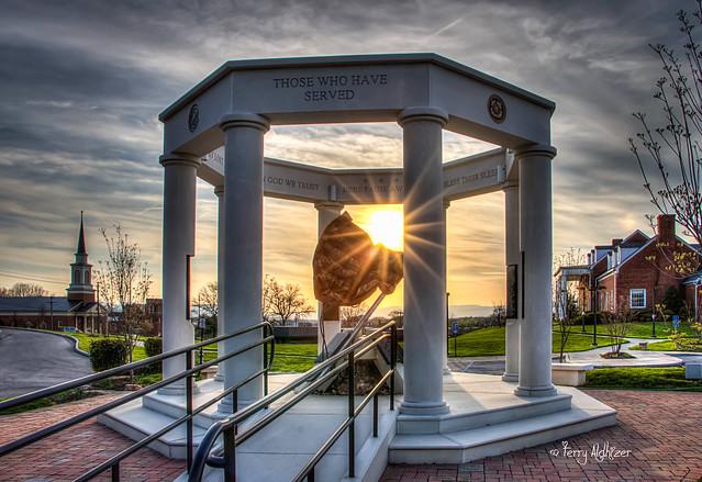Serving Starburst - Vinton War Memorial