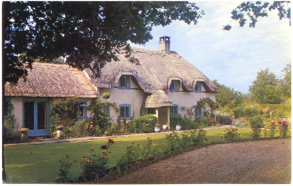 Thatched Eaves Salisbury Road Ibsley Hampshire Quot Old