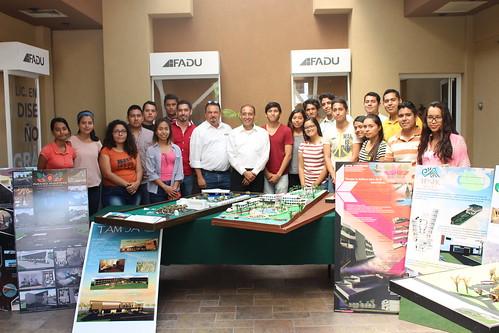 """Se realiza presentación y exposición de """"Maquetas de Hotel sub-urbano"""" por alumnos de la Facultad de Arquitectura, Diseño y Urbanismo."""