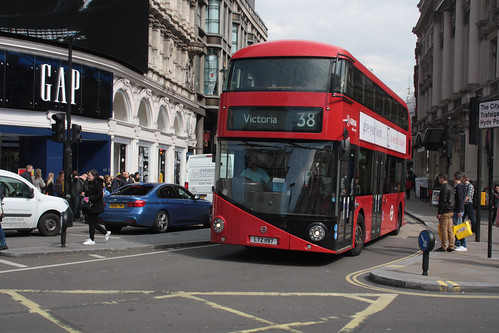 Arriva London North LT197 LTZ1197